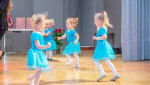 Dance Art - Zajęcia Taneczne dla 2-3 latków