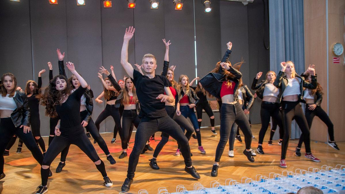 Dancehall dla młodzieży w Szkole Tańca Dance Art
