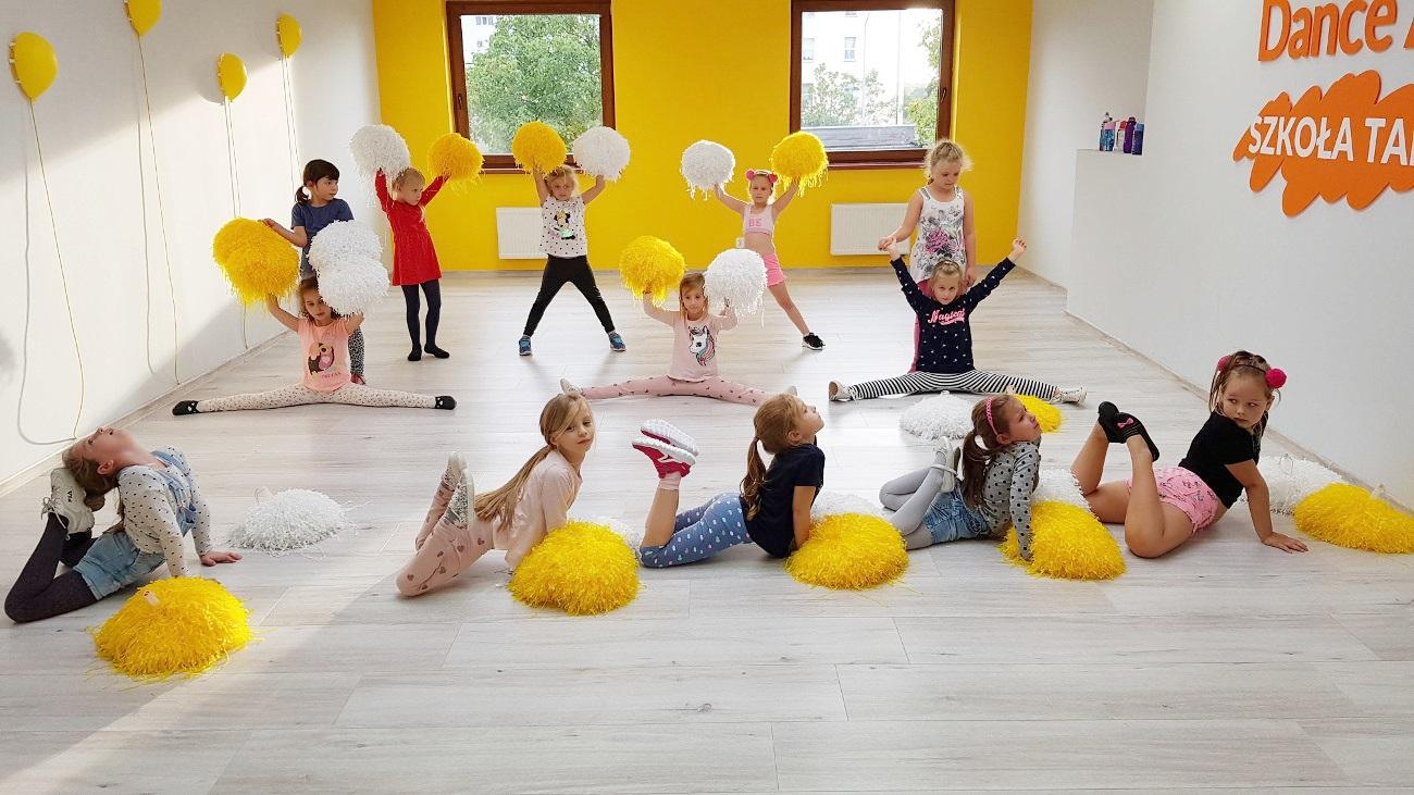 Taniec z pomponami dla 7-11 latków w Zielonej Górze